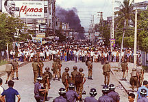 Demonstration in Saigon, 1974, picture alliance / AP Images