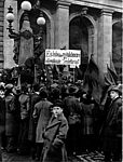 Demonstranten vor Abgeordnetenhaus in Berlin, November 1918, picture-alliance / dpa