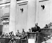 Lenin am 17. April 1917 im Taurischen Palais (Petrograd), picture-alliance / dpa